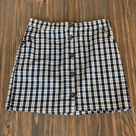 Hollister Dresses & Skirts - Plaid Button Down Skirt with Side Pockets